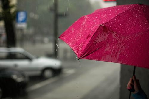 Spraw by Twój klient pamiętał o Tobie niezależnie od pogody! Sprawdź Parasole reklamowe