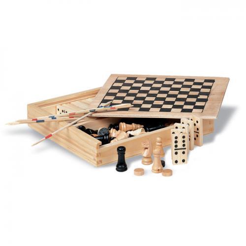 4 gry w drewnianym op drewna