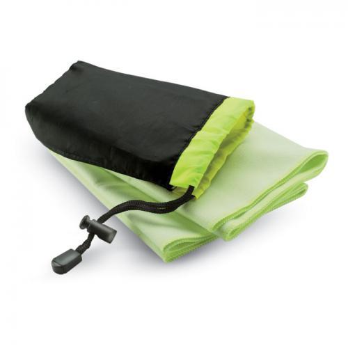 Ręcznik sportowy w etui zielony
